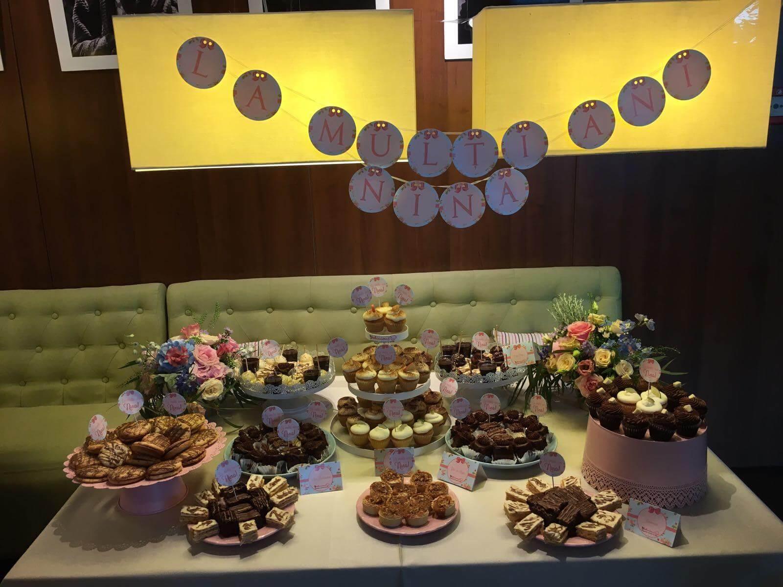 candy bar botez tort nuntă brioșe și prăjituri bdelicious brașov