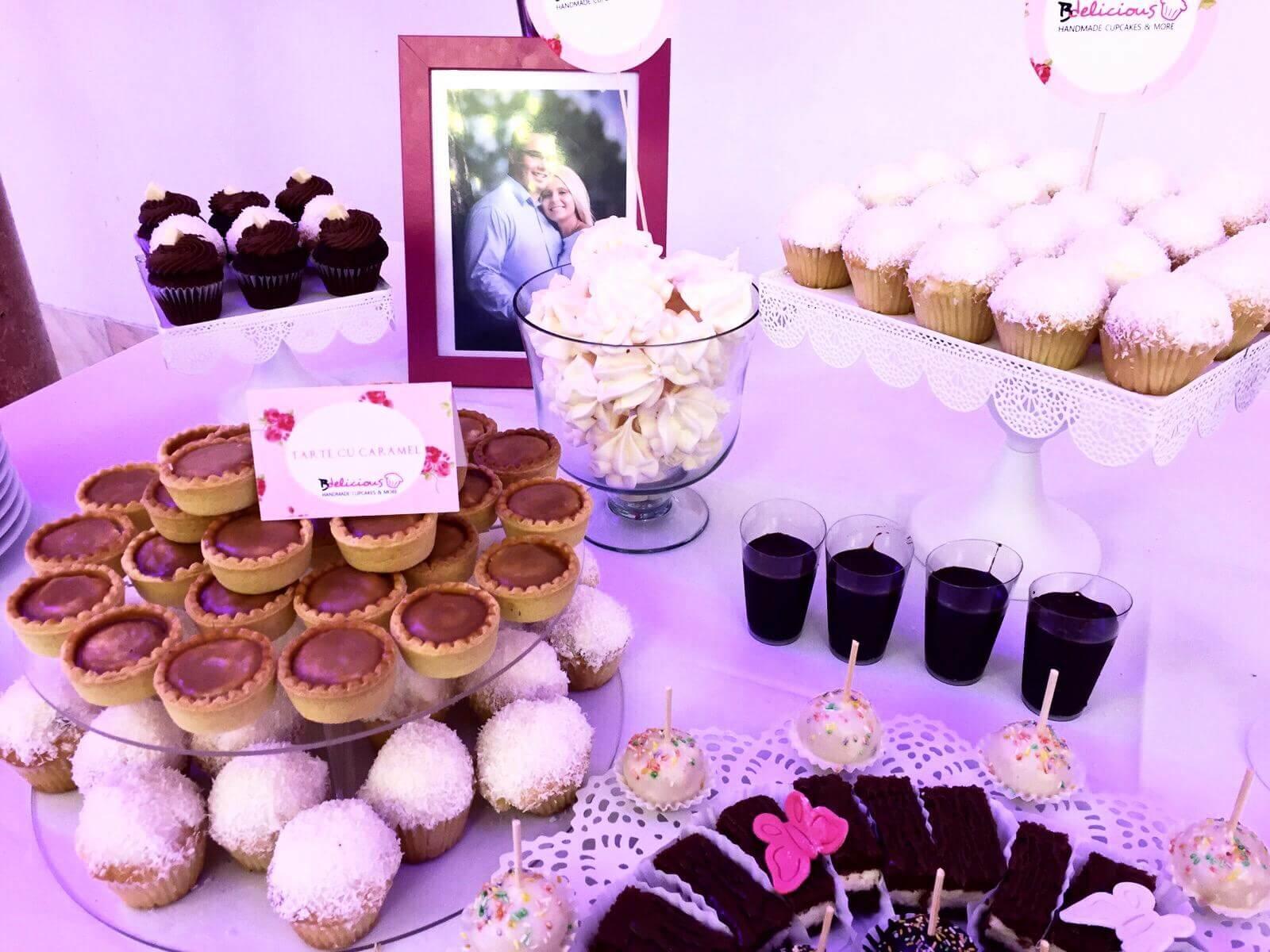 candy bar nuntă tort botez brioșe și prăjituri bdelicious brașov